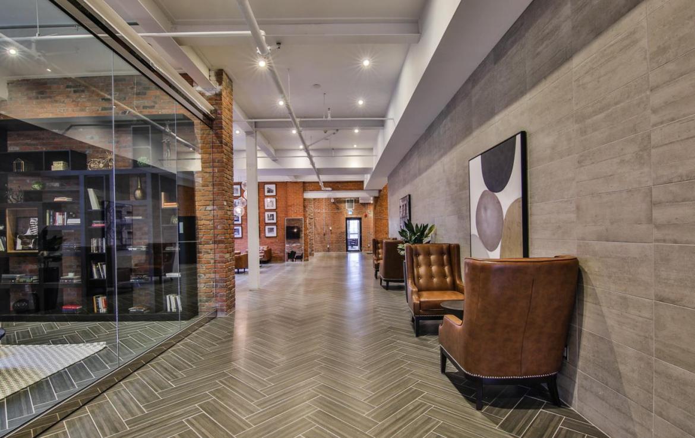 Dundurn Lofts Lounge