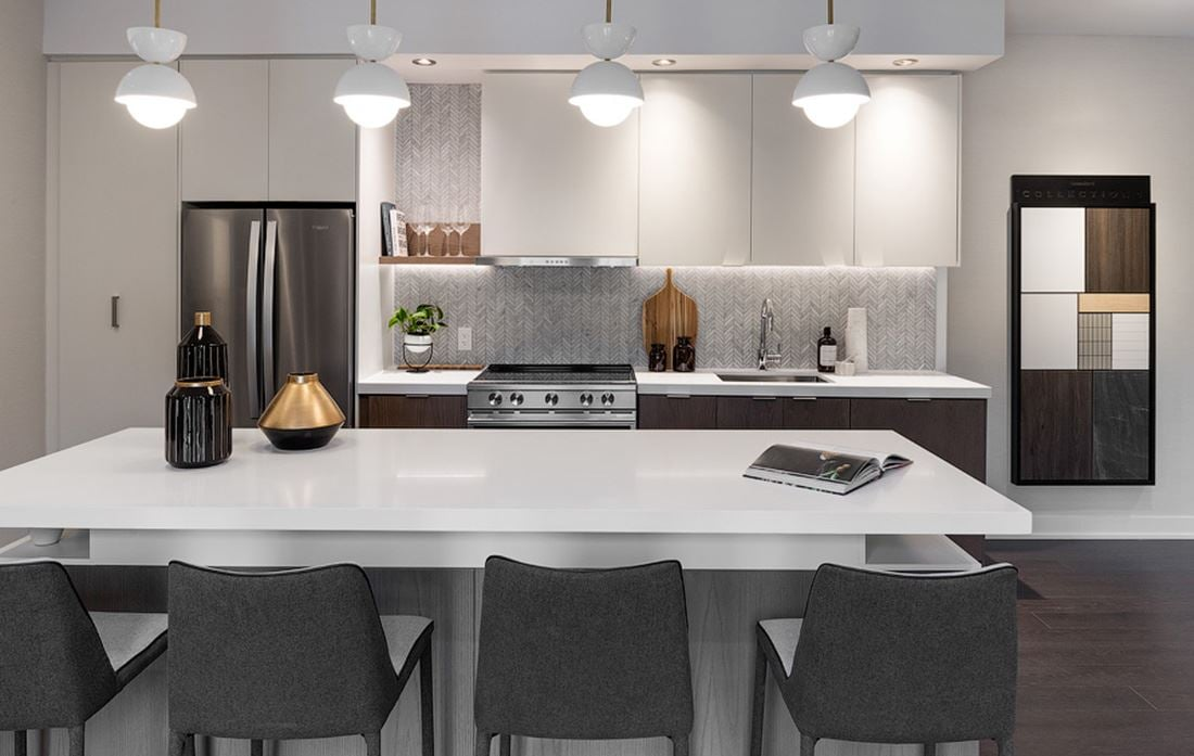 Hillmont at SXSW Model Suite kitchen