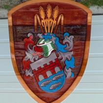 sand carved,Cedar sign, artist painted,hand crafted Coat of arms for Bullbruge