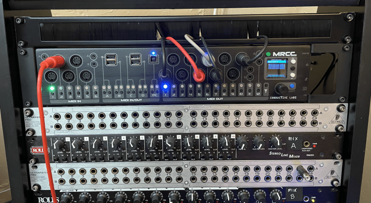 MRCC Racked with cable guide