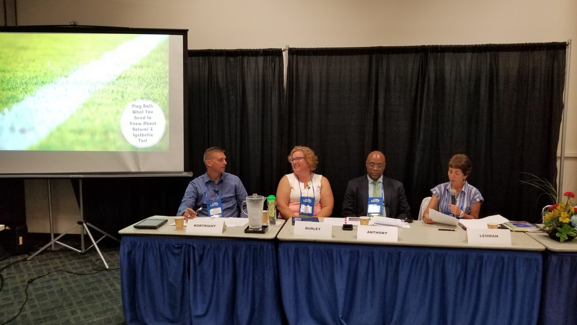 Getting Educated on Natural Grass & Synthetic Turf at 2019 Summer #MACoCon