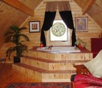 Spa Tub in cabin loft