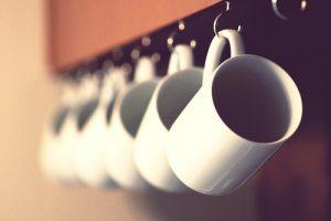 log cabin organizing - mug rack