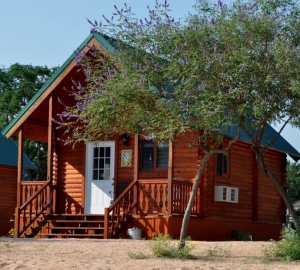 cabin vacation - Jellystone