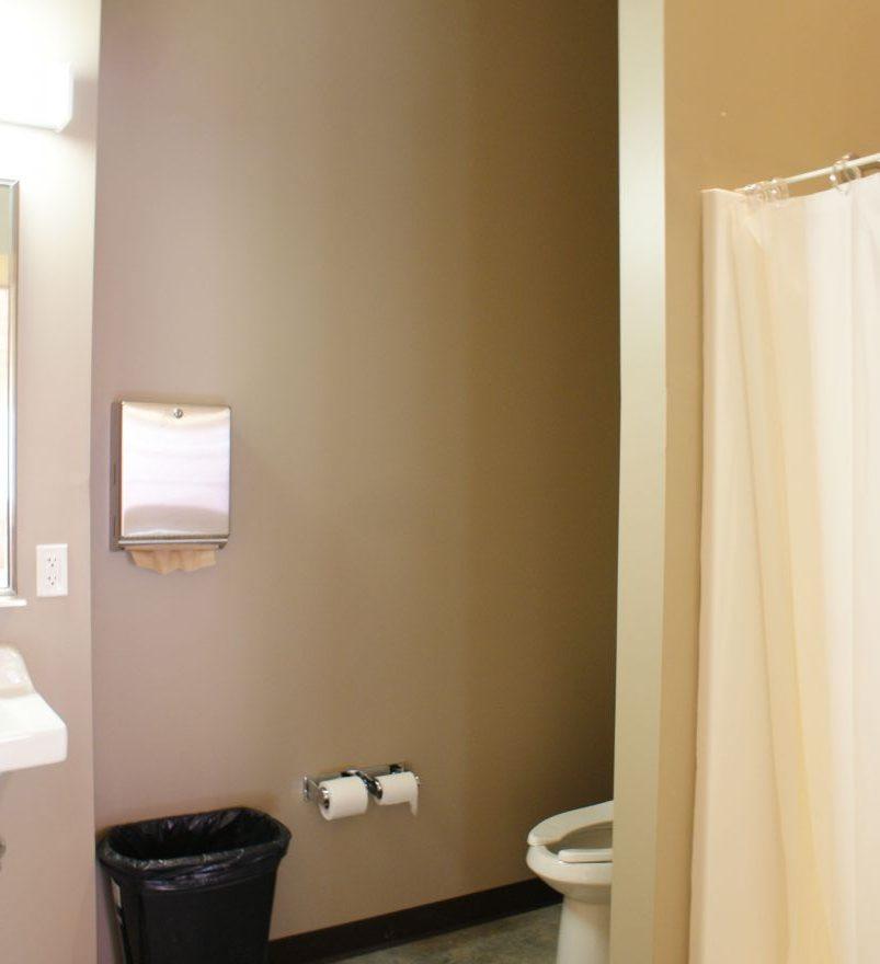 Lincoln commercial log cabin kit bathroom