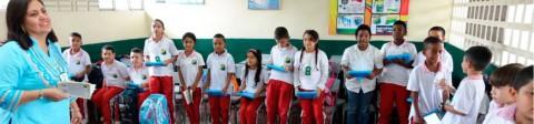 Transformar los procesos educativos implementando las TIC