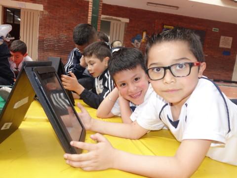 Pensamiento tecnológico en ambientes de aprendizaje