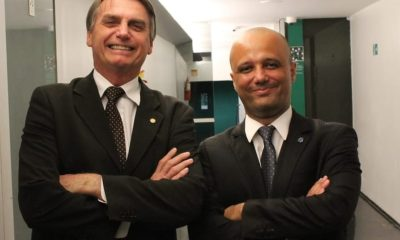 """""""A perspectiva é de chegarmos até 372 deputados"""", diz Major Vitor Hugo sobre base do governo 36"""