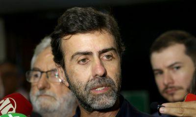 """Freixo diz que Bolsonaro """"optou por candidato abertamente submisso a sua agenda fanática"""" 19"""