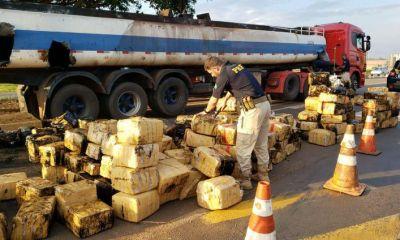 PRF apreende quase 3 toneladas de maconha no Paraná 6