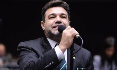 """""""Ser expulso do partido por apoiar Bolsonaro é motivo de orgulho"""", afirma Marco Feliciano 23"""