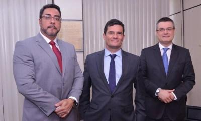 Moro se reúne com juiz Bretas no Rio 26