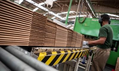 Falta de trabalhador qualificado afeta metade das indústrias no país 16