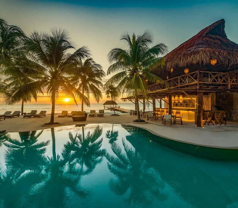 Conexstur-tour-operator-mexico-partners-condor-verde-trips-hotel-viceroy