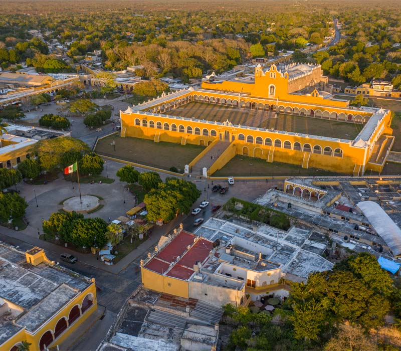 Conexstur-tour-operator-mexico-yucatan-destination-izamal-yellow-city-aerial-view
