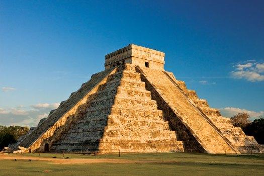 Conexstur-tour-operator-mexico-yucatan-events-equinox-chichen-itza