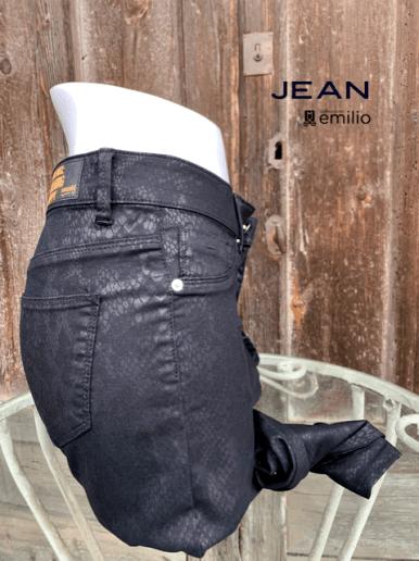 JEAN M28
