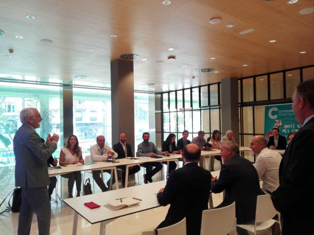 CONFECOMERc CV firma un convenio de colaboración con Banc Sabadell (4)