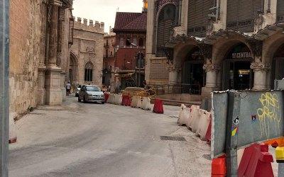 El Mercado Central valora positivamente la evolución de las obras de reurbanización, que cumplen cuatro meses