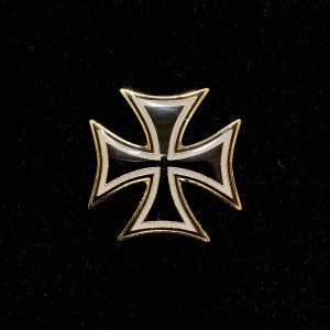 German cross lapel pin