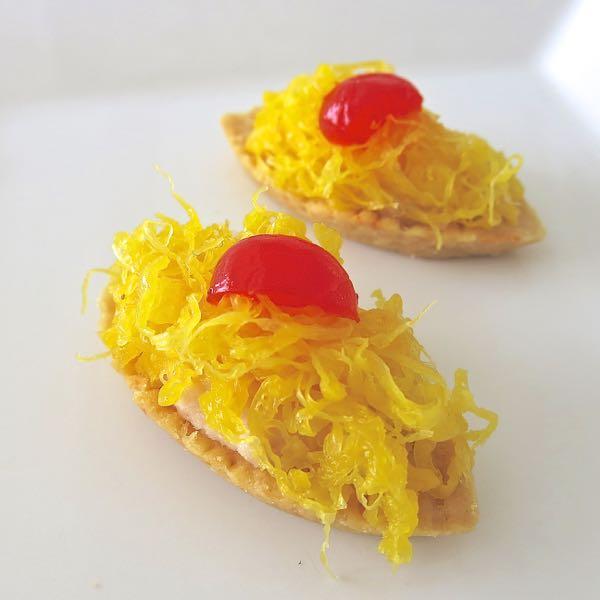 Barquete Peito Peru e fios de ovos