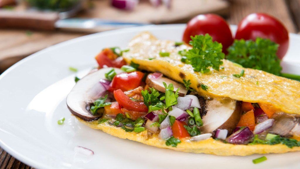 Healthy omelet breakfast