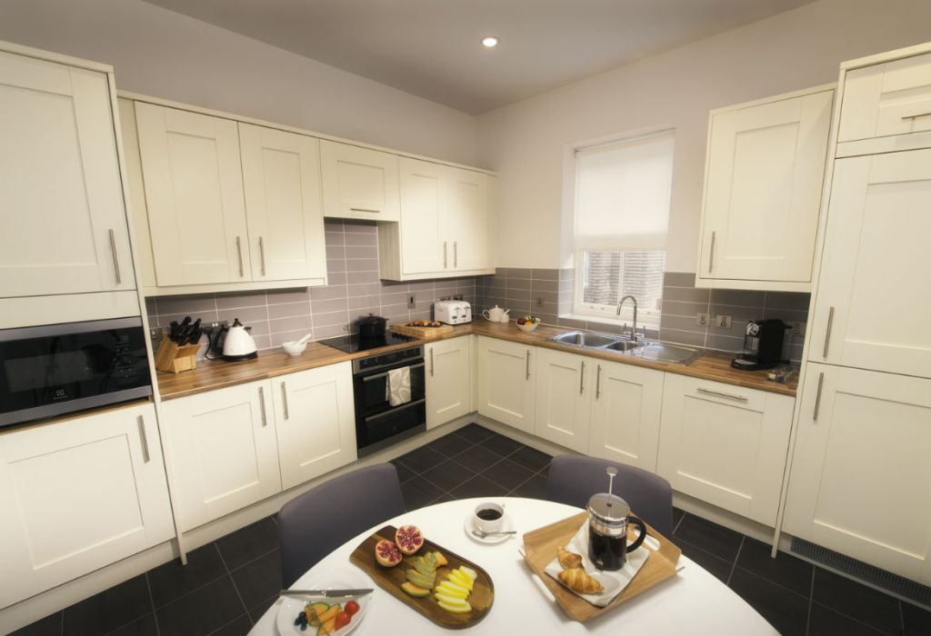 Westmere serviced apartment, kitchen