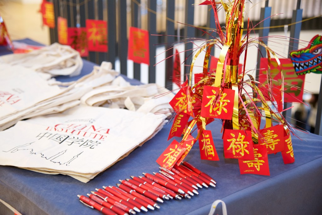 Tote bags with red pens