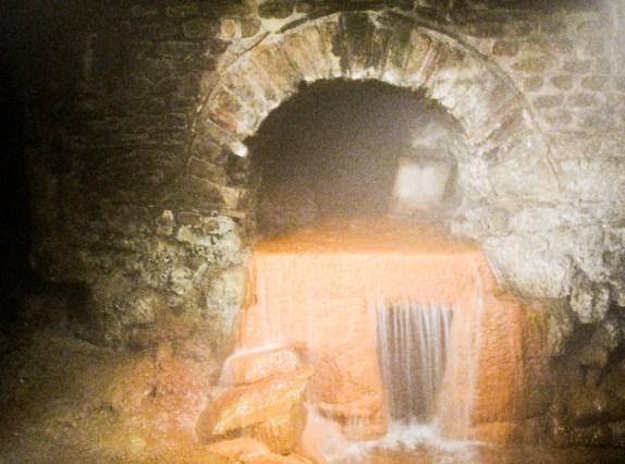Bath - Roman drain