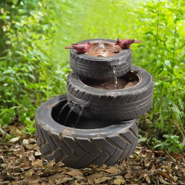 tire fountain for mechanic