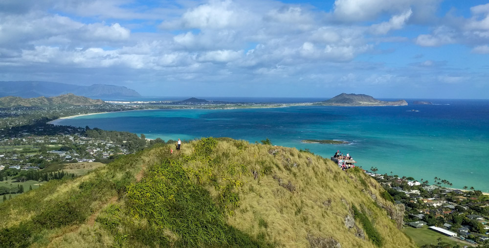 Hawaiian Islands - Oahu Hike Lanikai Pillboxes