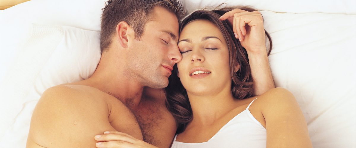 The most common question married couples ask when it comes to their relationship is What are some fun ideas to spice up the bedroom? Well, we are sharing simple and fun ways on how to heat things up in the bedroom!