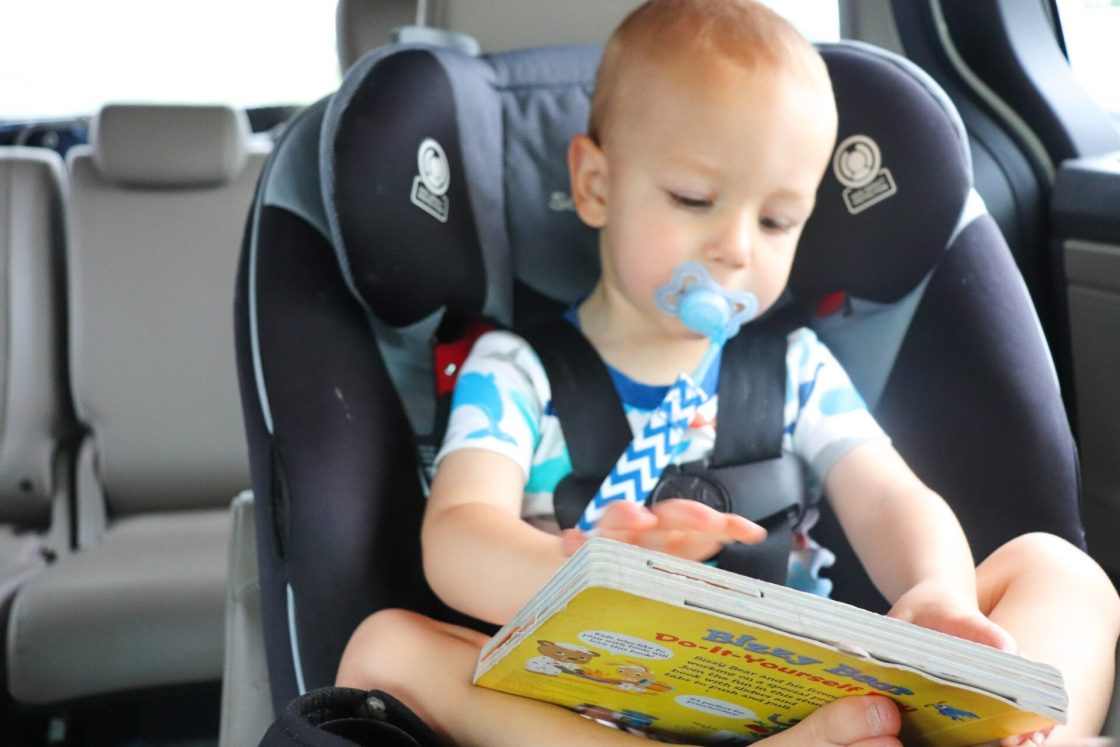 Are you headed out on a road trip this year? Well, don't leave home without these 50 car trip activities to make the time fly by! And grab your free road trip activities printables!