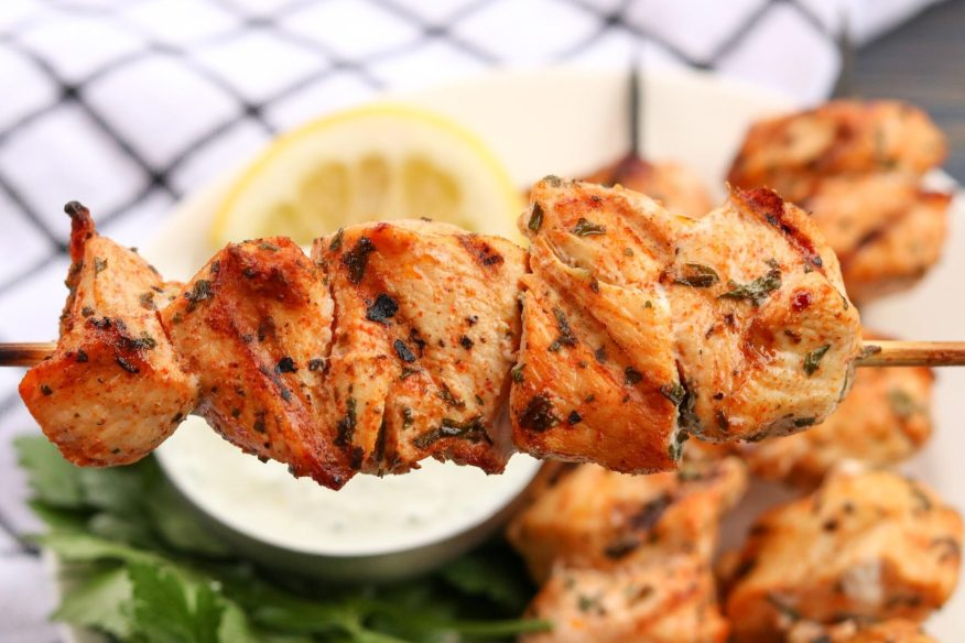 If you are short on time you don't have to sacrifice a good dinner! Check out these grilled lemon herb chicken skewers with homemade tzatziki sauce that are ready in no time and taste delicious!