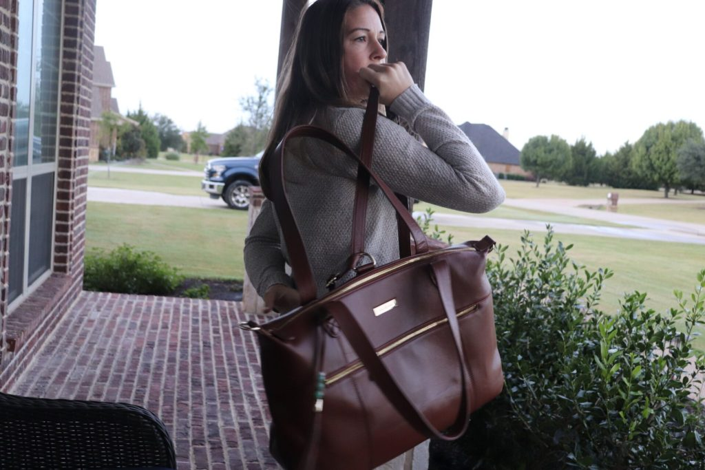 Lily Jade is my go-to diaper bag for quality, comfort, and style. With so many different choices to choose from you are bound to find one that is right for you! I love how versatile the Lily Jade Jennifer bag is!