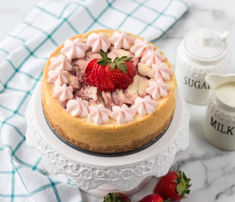There's no need to be intimidated by cheesecake anymore with this Instant Pot Strawberry Cheesecake Recipe! This delicious recipe will turn out soft and creamy every time!