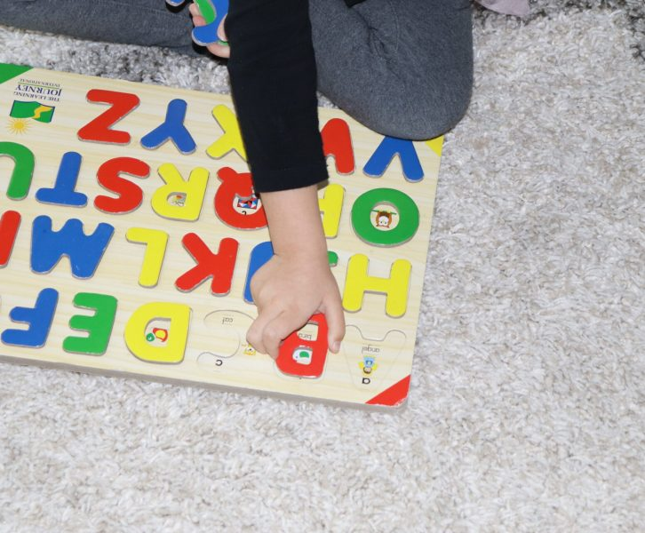 Puzzles are a great way to cultivate creativity and problem solving for your growing little ones. After lots of searching, I've made a list of the very best puzzles for 3 year olds!