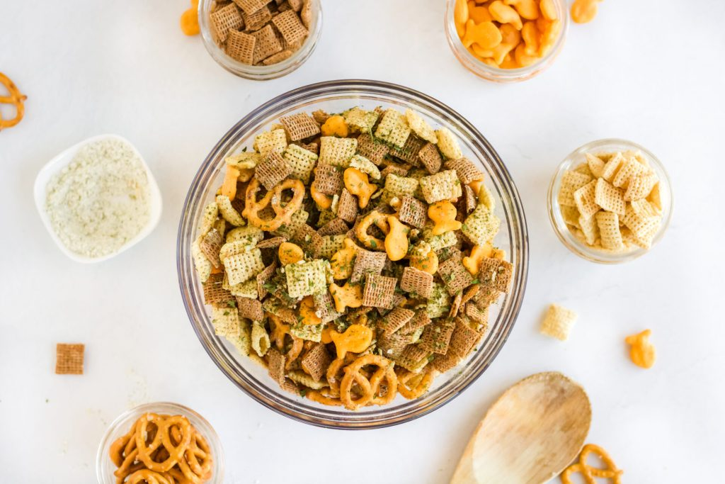 overhead air fryer snack mix