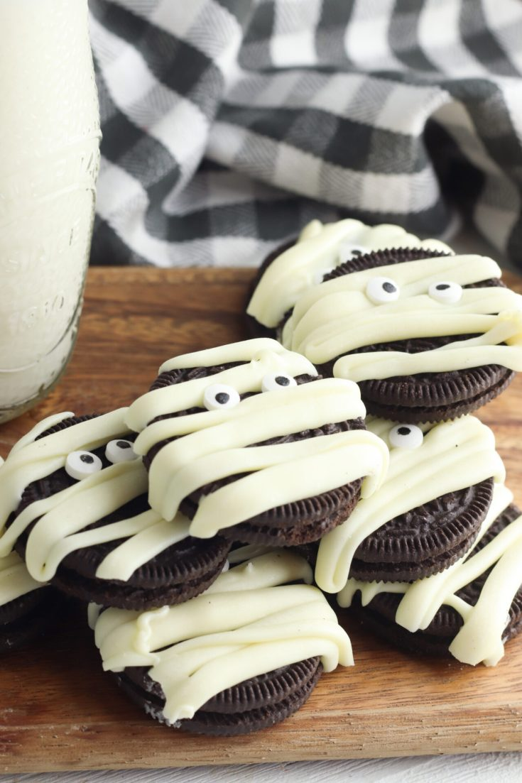 Halloween Mummy Oreos Recipe