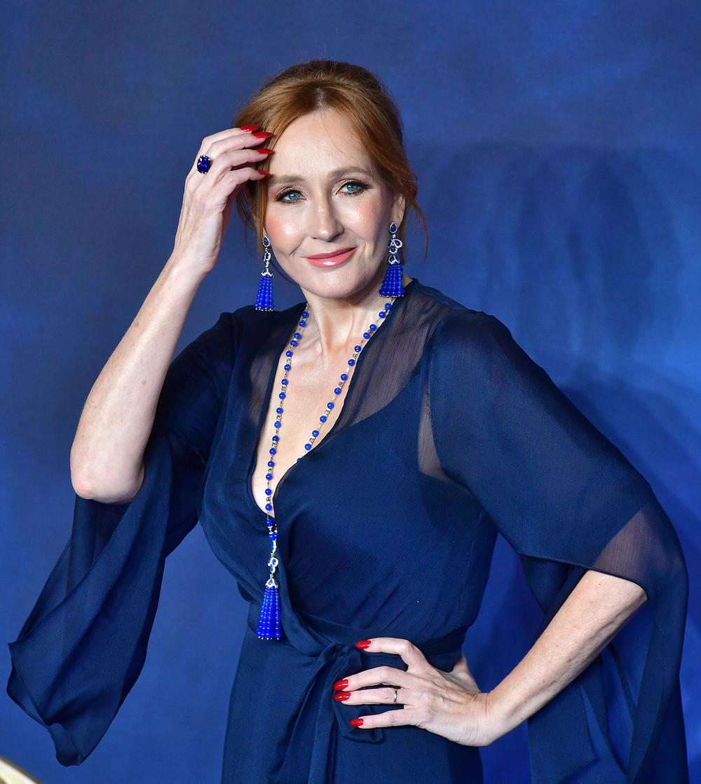 J.K. Rowling revient au fantastique ! :
