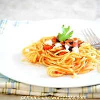 Linguine with Tomato Sauce, Black Olives and Feta Cheese