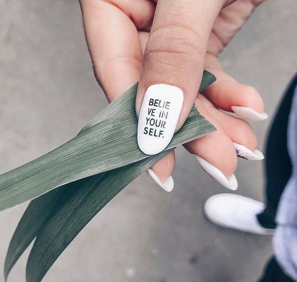 Stunning manicure with inscriptions 2018-2019 of the year: words on nails - photo ideas 2