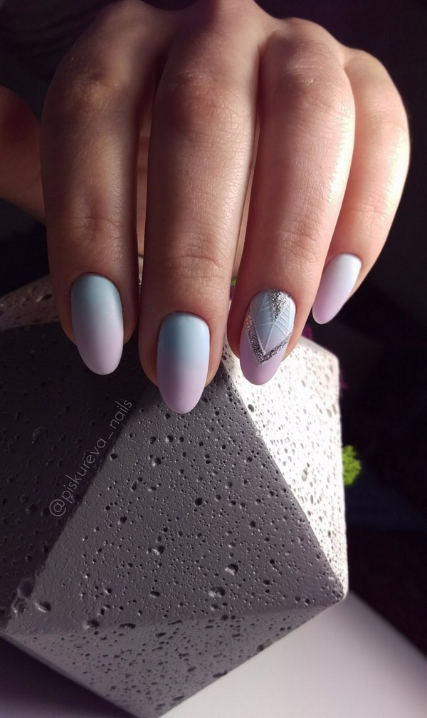 2018-2019 Bride's Wedding Manicure: Luxurious Nail Designs 19