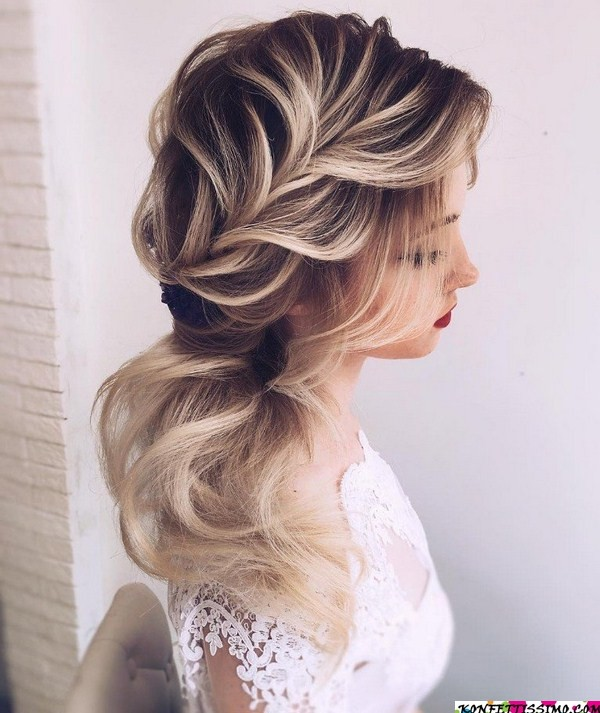 Amazing hairstyle options for the evening 10