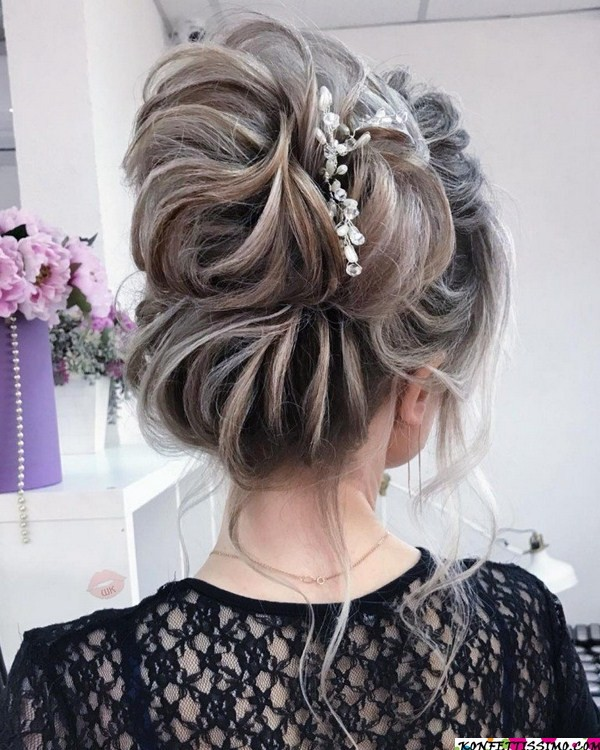 Amazing hairstyle options for the evening 8