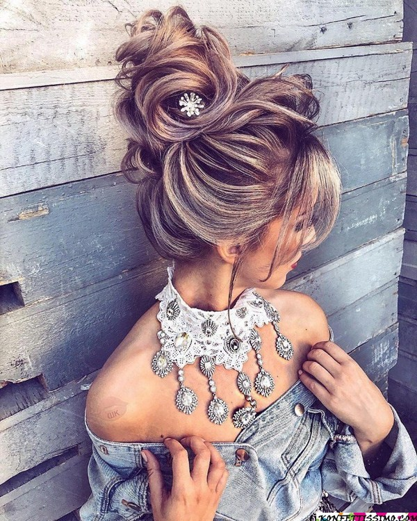 Amazing hairstyle options for the evening 9