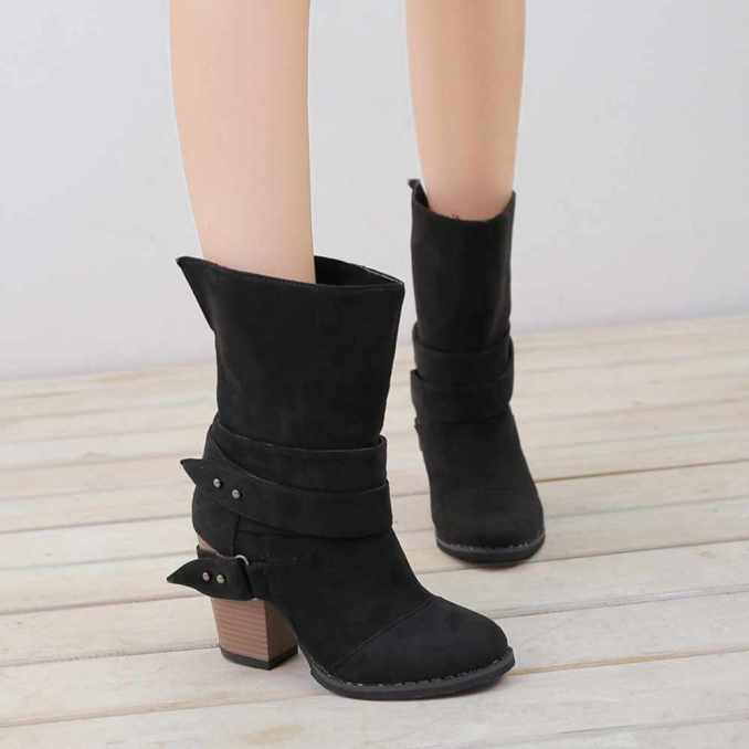 Fashionable warm and stylish winter shoes 2020 and 58 photos 37