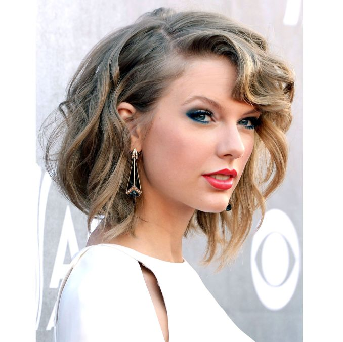Trendy haircuts and hairstyles for short hair 2020 - 82 photos 57