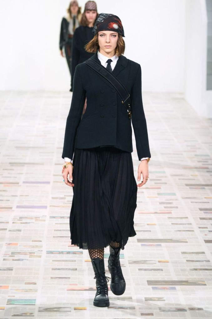 Christian Dior Fashionable Pleated Skirt Fall-Winter 2020-2021