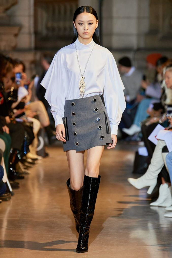 Fashionable skirt with buttons fall-winter 2020-2021 from the Andrew Gn collection